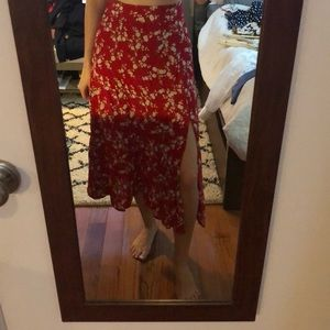 Red midi skirt with side slit